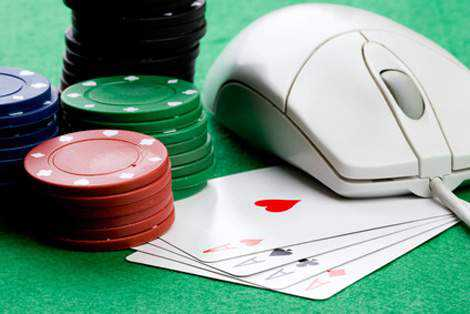 Premier tournoi de poker